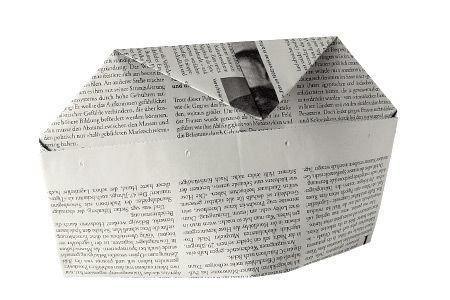 Hüte aus Zeitungspapier falten