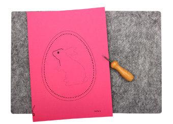 Prickanhänger - Osterhasen Anleitung für Kinder