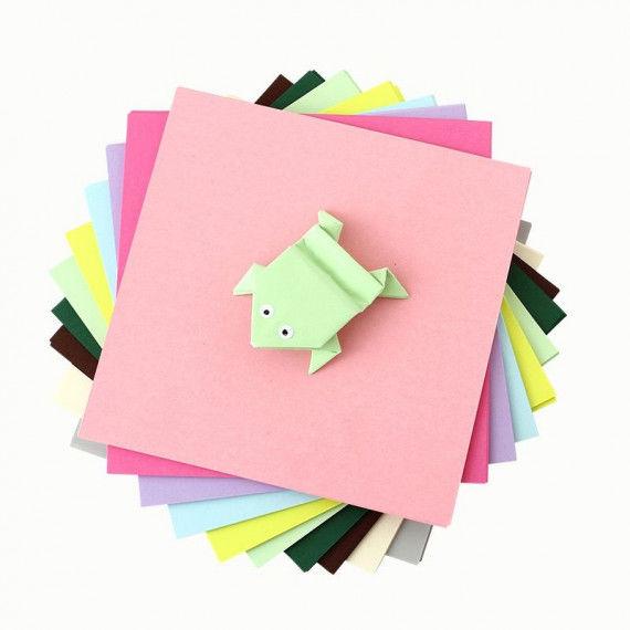 Faltblätter-Set in hellen Pastellfarben
