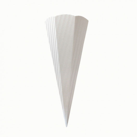 Weiße Schultüte aus Wellpappe