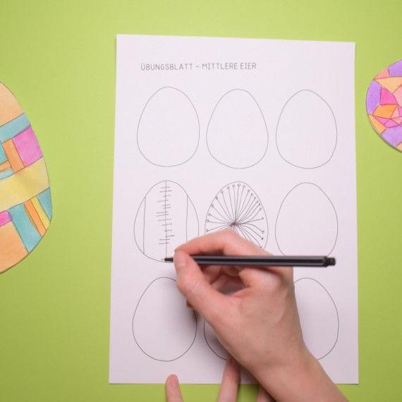 Ostereier mit Linienmustern zum Nachzeichnen