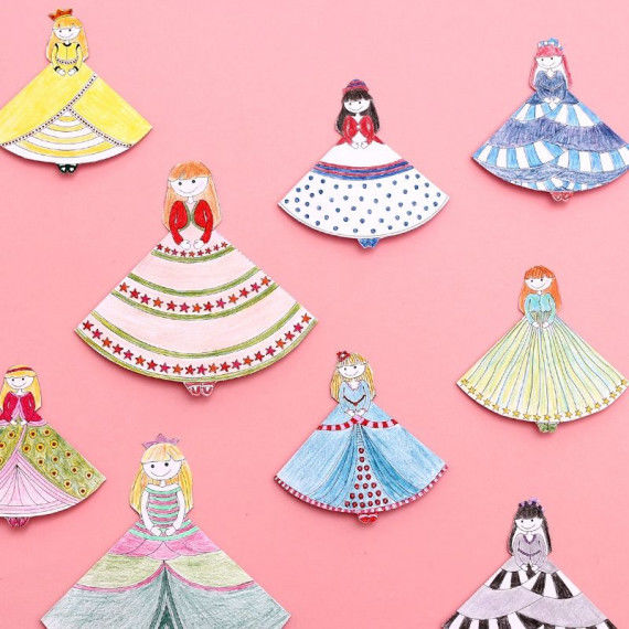 Prinzessinnen-Lesezeichen zum Ausmalen und Falten