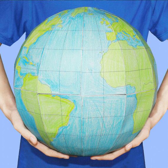 Großer Papier-Globus zum Selberbasteln