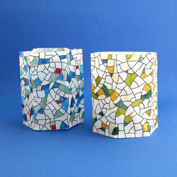 Buntlichter mit Mosaikmustern zum Ausmalen