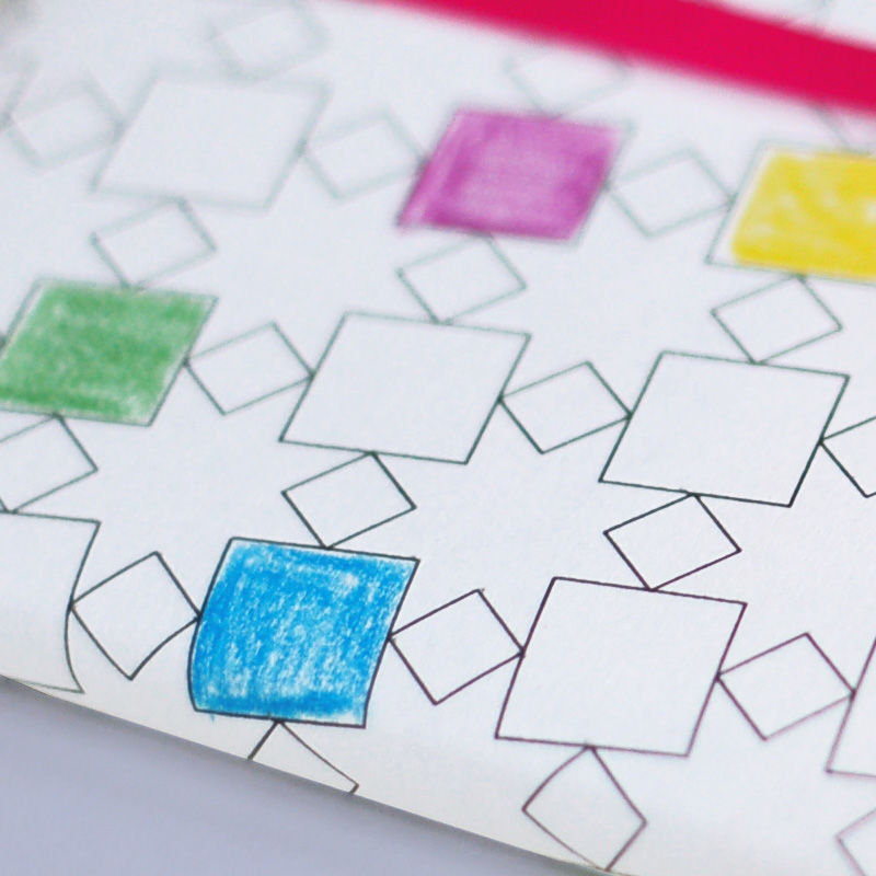 Geometrische Muster als Geschenkpapier ausdrucken