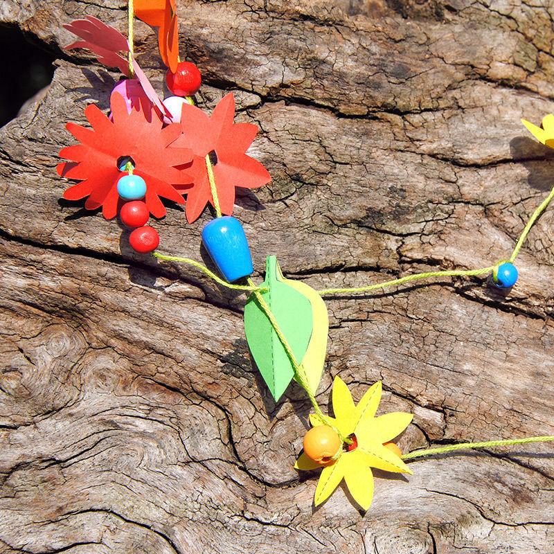 Schnibbelblümchen aus Papier für Ketten und vieles mehr