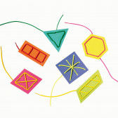 Bunte Karten zum Fädeln mit Fädelschnüren