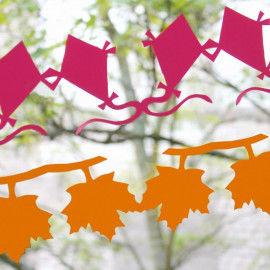 Papierketten Herbst am Fenster