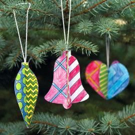 Weihnachtsbaumschmuck zum Ausmalen & Aufhängen mit poppigen Mustern