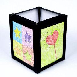 Karton-Laterne mit poppigen Farbenbildern nach Andy Warhol