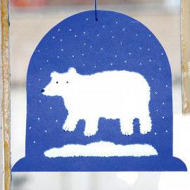 Schneekugel mit Eisbär zum Aufhängen