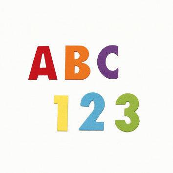 Vorgestanzte Zahlen und Buchstaben zum Basteln